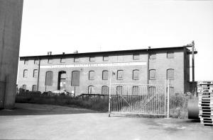 Fabriken från öster.